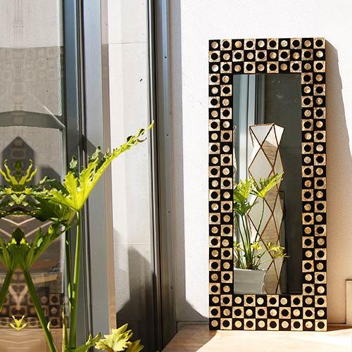 シェルアートミラーホール 125×50/鏡 ミラー 姿見 全身 壁掛け 全身鏡 全身姿見 ワイドミラー 角型 玄関 リビング 廊下 シェル カピス貝 カピスシェル おしゃれ ナチュラル モダン インテリア アジアンテイスト バリ ハワイアン リゾート サロン 美容室