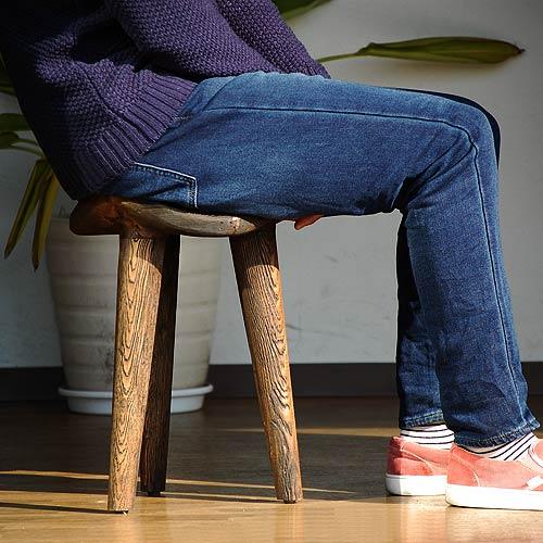 トレードウインド(ダーク) H45×W32×D32cm スツール イス 1人掛け モダン おしゃれ 癒し かわいい ポップ 北欧 アジアンテイスト バリ リゾート インテリア 一人暮らし 椅子 誕生日プレゼント 新築祝い 引っ越し祝い