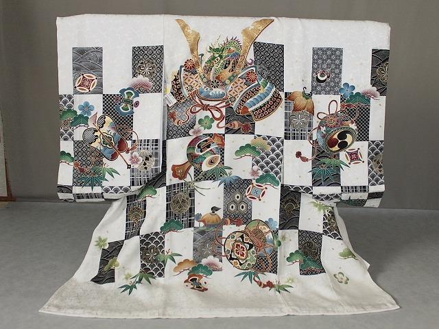 男児正絹初着 送料無料 正絹お宮参り用の着物 白地にかぶと柄の初着 A1498-03