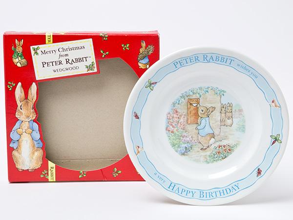 ウェッジウッド ピーターラビットハッピーバースデー デザートプレートクリスマスBOXお茶のふじい・藤井茶舗