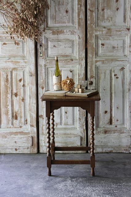 おしゃれ 評価 古いサイドテーブル 古いサブテーブル 英国アンティーク U111 送料0円 サブテーブル サイドテーブル