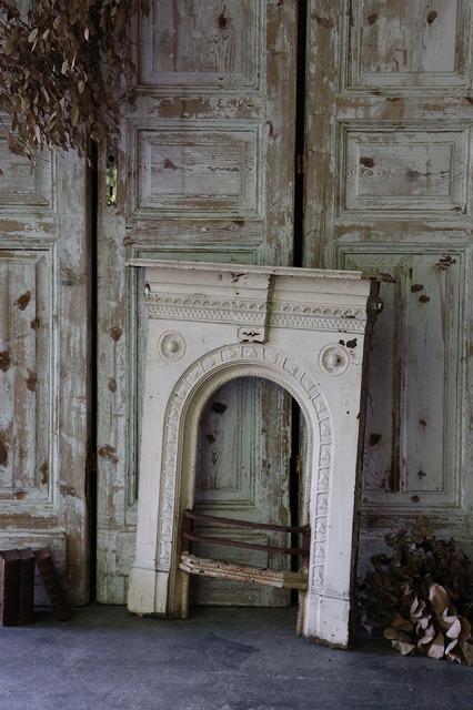おしゃれ フランス暖炉 アンティーク装飾 マントルピース 暖炉装飾 U151 お得クーポン発行中 フランスアンティーク アイアンのマントルピース 公式ストア