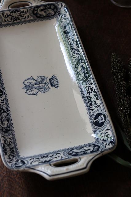 おしゃれ 古い前菜皿 古いプレート 1枚の価格です フランスBrocante SALINS U27-1 サラン プレート ラヴィエ 前菜皿 お皿 セール価格 『1年保証』