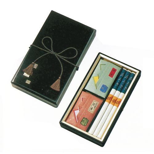 メーカー再生品 三種香を塗箱に詰め合わせました 花ふぶき 塗箱入 商舗 三種香