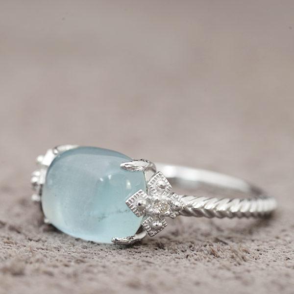 ミルキーアクアマリン×ダイヤモンドリング「ビオラ」K10、K18金種対応※こちらはK18仕様、K10仕様は別ページにございます。 誕生石 3月 4月