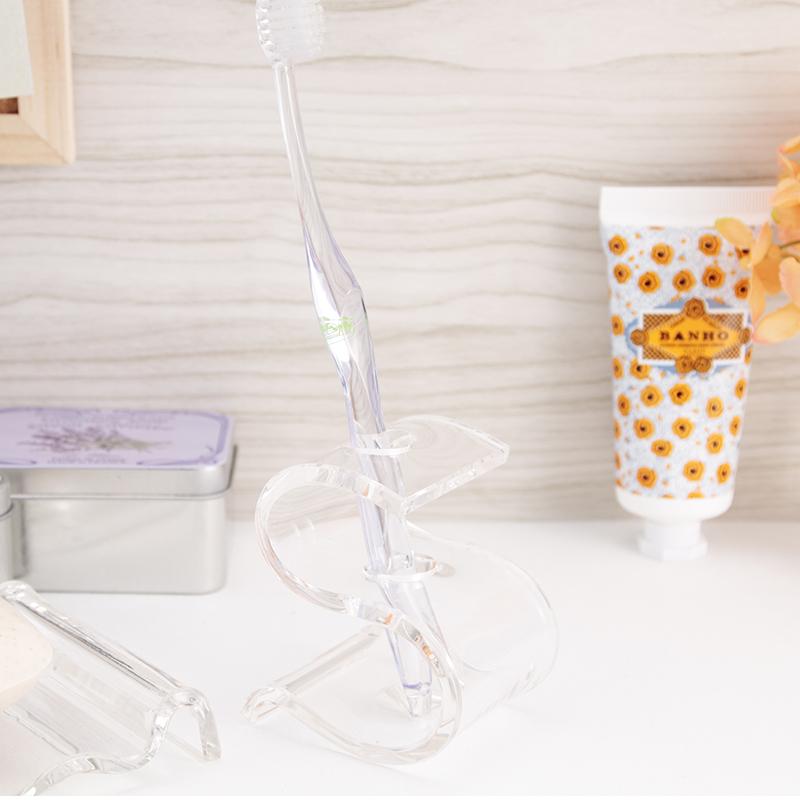 S字に折り曲げたスタイリッシュな形透明度の高いアクリル製で洗面コーナーがスッキリ贈り物にもおすすめです 歯ブラシスタンド 歯立て Rアール トゥースブラッシュスタンド 国内正規品 Sシェイプアクリル バスルーム 風呂 おしゃれ シンプル 1本 上質