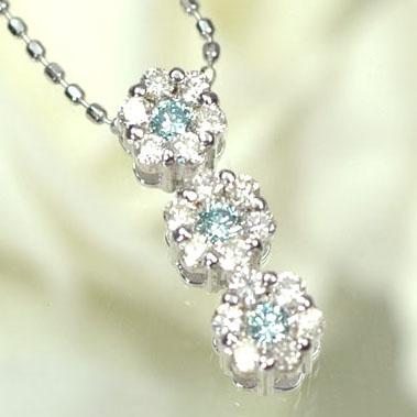 ダイヤモンド ネックレス K18WG・ダイヤ(ブルーダイヤ)0.3ct トリプルMFペンダント(ネックレス)