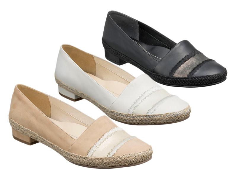 【F23KAE】【REGAL】【フラットシューズ】【送料無料】【婦人靴】2.0センチヒール アッパー全て山羊革☆フラットシューズ