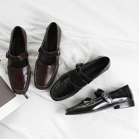 ローファー ベルト ストラップ レディース ローヒール レザー 黒 ブラック ブラウン パンプス 痛くない 婦人靴 おじ靴
