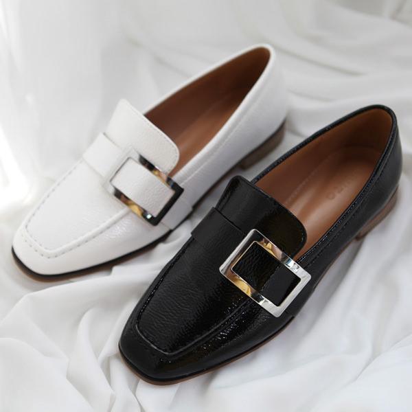 ローファー レディースシューズ おじ靴 革靴 ブラック 黒 ホワイト バックル ベルト オックスフォード ぺたんこ 婦人靴 シンプルL4j35AR