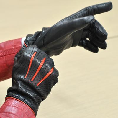 母の日★クーポン配布中★手袋 レザー 本革 イタリア製 ナポリ カシミヤライニング バイカラー パンチング 革手袋 革 手袋 レザー手袋 レザーグローブ メンズ ギフト