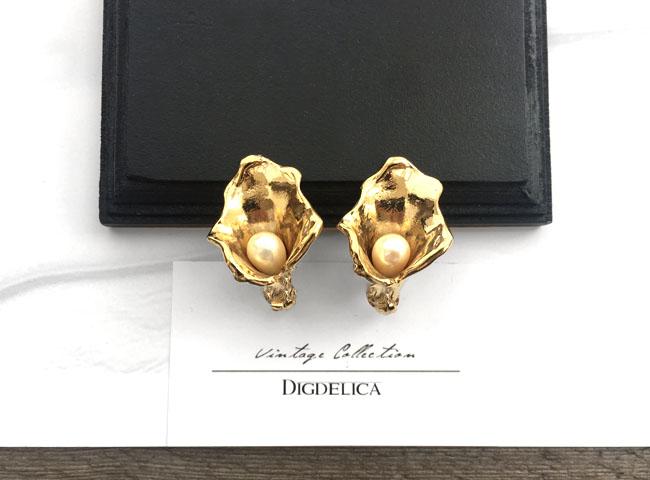 イヴサンローラン・パールフラワー ヴィンテージイヤリングv1336【YvesSaintLaurent】【DIGDELICA】イブサンローラン ディデリカ アンティーク 年代物 UESD中古品 Vintage