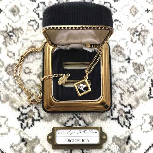 【 Courreges】クレージュ ヴィンテージネックレス Vintage v1402【DIGDELICA】ディデリカ 年代物 UESD中古品