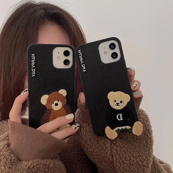 大人 かわいい おしゃれ シンプル レディース iphone12 ケース 韓国 刺繍テディベア レザー 返品交換不可 くま お揃い 個性的 可愛い XR 11promax 11 カバー SE2 春の新作 iPhone 7 Xsmax X 11pro 12mini 12promax