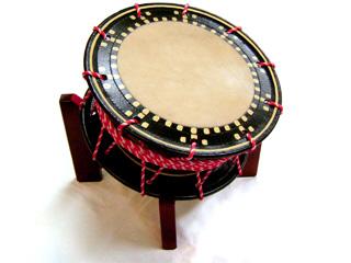 【舞台用太鼓】<水牛皮> 締め太鼓 直径36cm 台付き