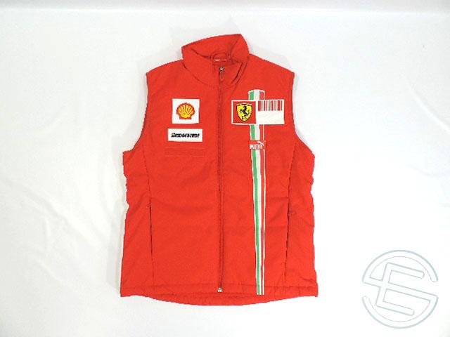 【送料無料】 フェラーリ 2007年 支給品 中綿入り ベスト ジレ メンズ L 5/5 (海外直輸入 F1 非売品USEDグッズ)