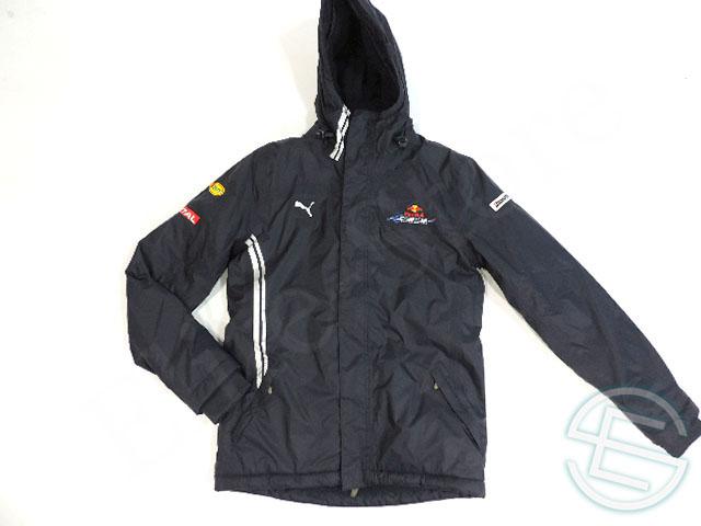 【送料無料】 レッドブル レーシング 2009年 支給品 中綿入り ヘビージャケット メンズ M 5/5 (海外直輸入 F1 非売品グッズ スキー スノボ ウェア)