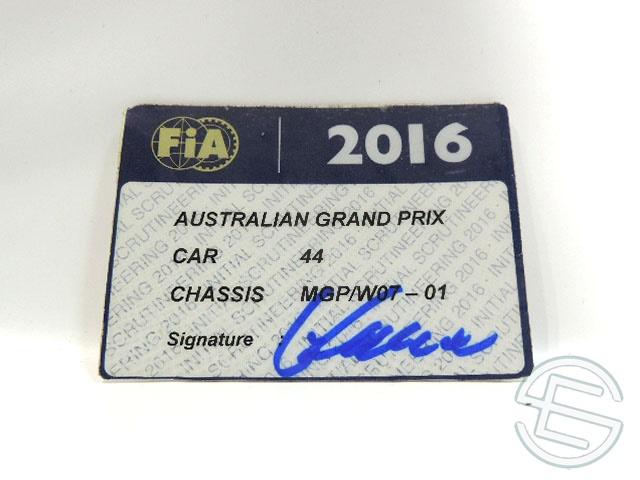 【送料無料】 メルセデス AMG 2016年 オーストラリアGP ハミルトン車用 実使用 車検証 (海外直輸入 F1 非売品USEDグッズ)