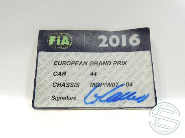 【送料無料】 メルセデス AMG 2016年 ヨーロッパGP ハミルトン車用 実使用 車検証 (海外直輸入 F1 非売品USEDグッズ)