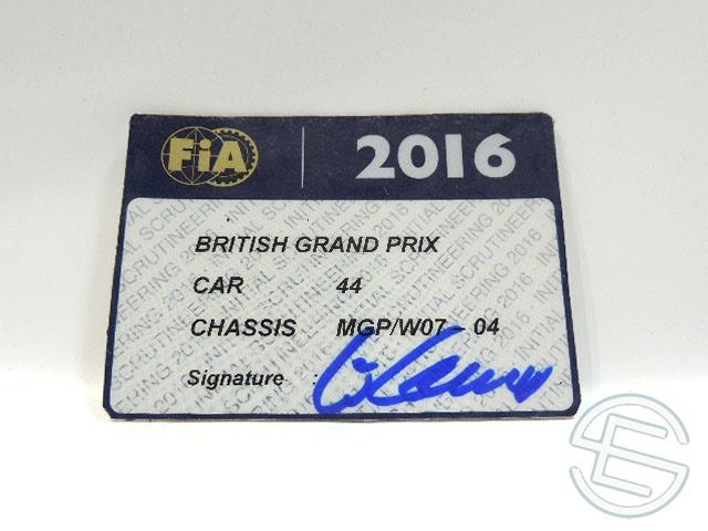 【送料無料】 メルセデス AMG 2016年 イギリスGP ハミルトン車用 実使用 車検証 (海外直輸入 F1 非売品USEDグッズ)