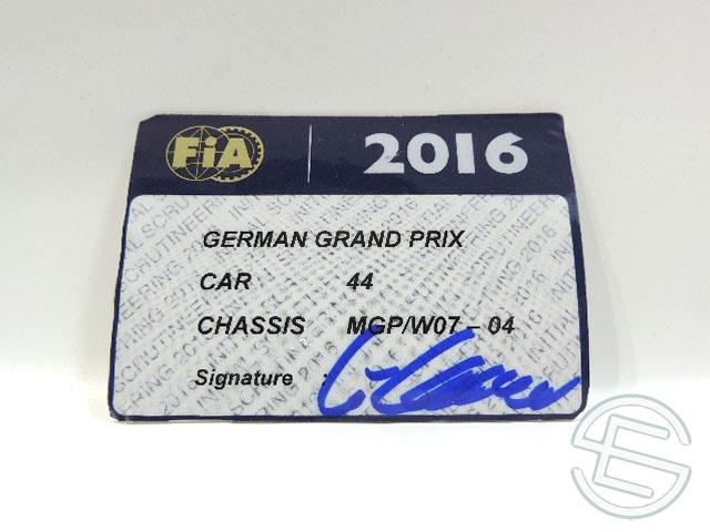 【送料無料】 メルセデス AMG 2016年 ドイツGP ハミルトン車用 実使用 車検証 (海外直輸入 F1 非売品USEDグッズ)