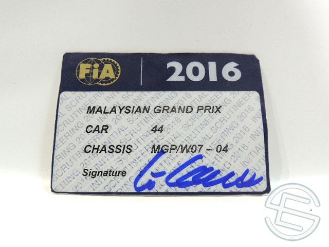 【送料無料】 メルセデス AMG 2016年 マレーシアGP ハミルトン車用 実使用 車検証 (海外直輸入 F1 非売品USEDグッズ)