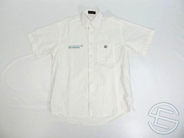 【送料無料】 メルセデス 2010年 支給品 ヘンリロイド製 トラベル用 ノーマルスタイル 半袖 シャツ メンズ M 3/5 (海外直輸入 F1 非売品USEDグッズ ベンツ)