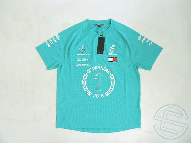 【送料無料】 メルセデス・AMG 2018年 支給品 トミーヒルフィガー製 速乾性 ビクトリー Tシャツ メンズ S new 新品 (海外直輸入 F1 非売品グッズ ベンツ ランニングウェア)