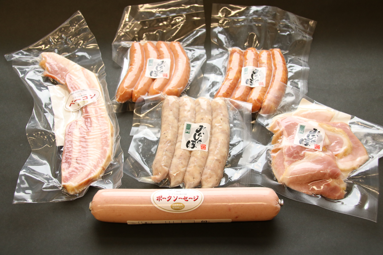 【ふるさと納税】厳選 三河豚のハム&ソーセージスペシャルセット H094-003