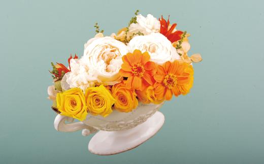 生花と同じよな瑞々しさが永く楽しめます 癒しのインテリアとし 世界の人気ブランド 激安通販専門店 ふるさと納税 バラの花を中心としたプリザーブドフラワーアレンジ