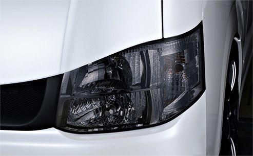 送料無料(一部離島除く) M-TECHNO エムテクノ DOT HEADLIGHT COVER ライトスモーク トヨタ ハイエース(2004~ 200系 )
