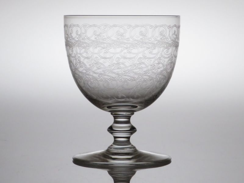 バカラ グラス ● ローハン 赤 ワイン グラス 蔓草文様 クリスタル 10cm Rohan