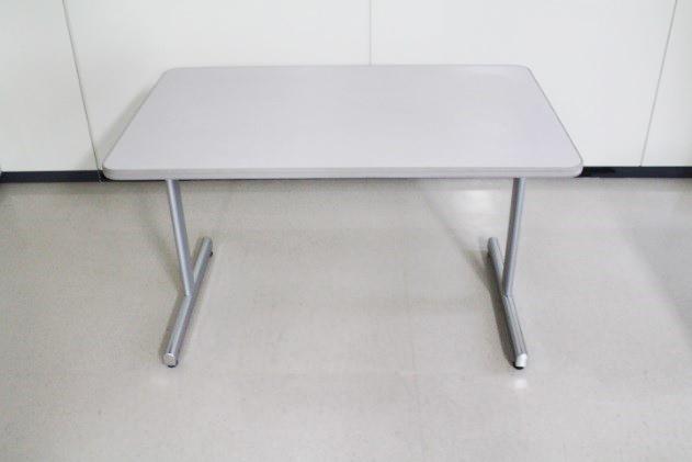 送料無料 イトーキ ミーティングテーブル(ITK060830) オフィステーブル 事務所 テーブル 机 (中古品)