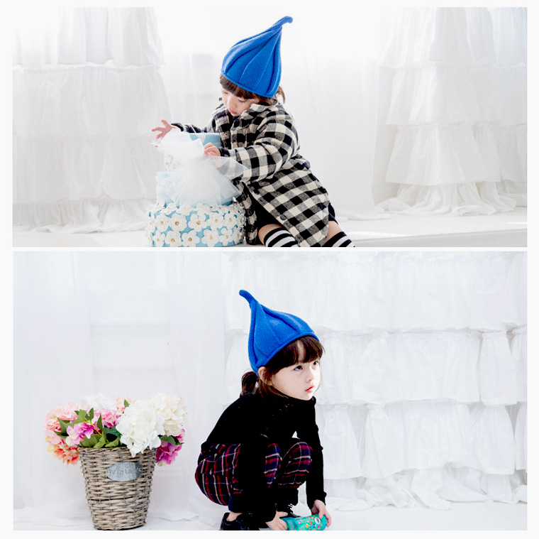 It is 8M22 in winter in the pretty knit hat twist knit knit cap baby kids  baby baby hat spring and summer when the knit hat pretty blue-black coffee