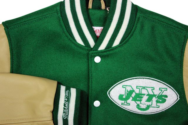 save off b33b7 0c181 MITCHELL NESS NFL VARSITY JACKET (New York Jets: GREEN) Mitchell & ness and  Stadium jacket and Stellan / Green