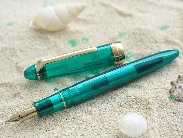 九州有限 ! 完成原绿松石透明轴喷泉奇迹神秘的天堂马尔代夫性质,永远 !