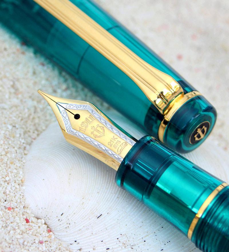 """湾仔限量版钢笔透明轴系列专业齿轮绿松石奇迹神秘透明轴 21 金钢笔""""人类的最后的天堂""""马尔代夫性质,永远 ! 11 8234 * 每人只有一个 !"""