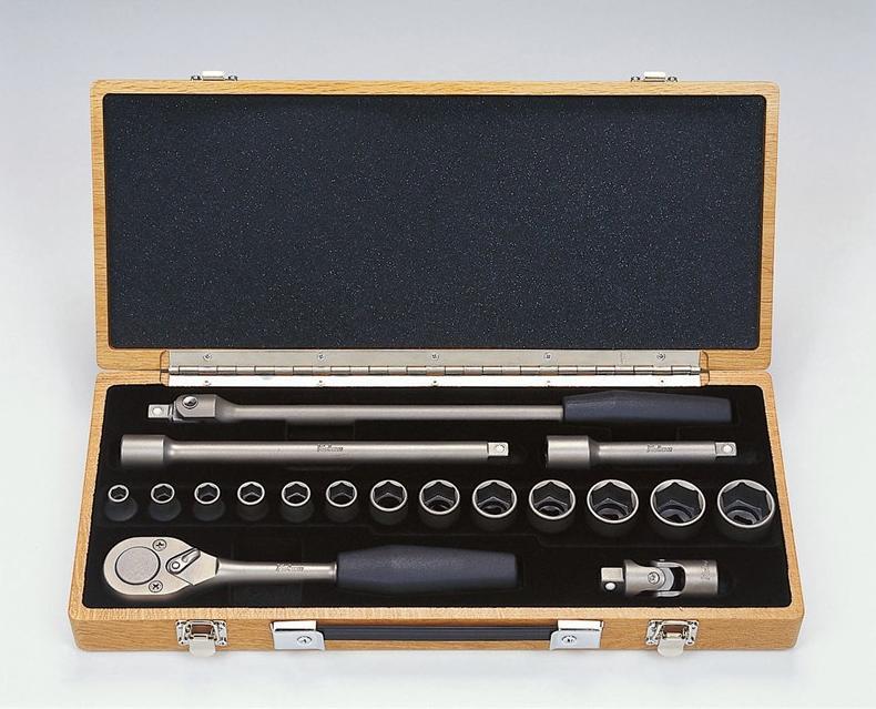 Ko-ken TI4261M Titanium Socket 18 Pieces Set