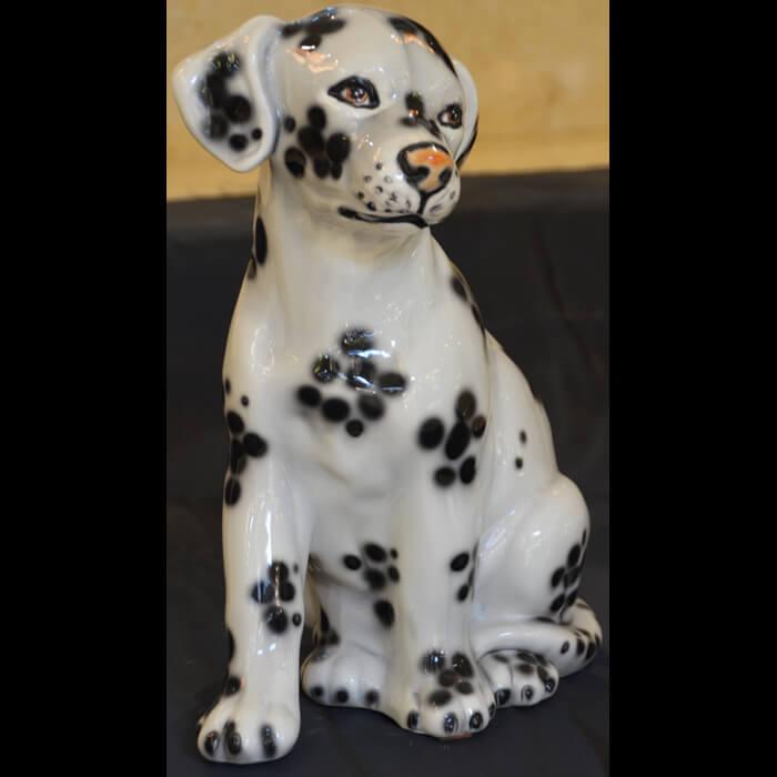 陶器製/犬/ダルメシアン/垂れ耳/お座り自然な色合い・表情豊かなアニマルオーナメント-ガーデニング/屋外屋内