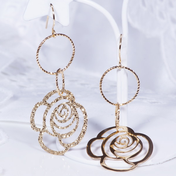 Modern Design Earrings Only Bullion Pricing Offer 18 K Gold Earring Designs Made Overseas By Pb 1059