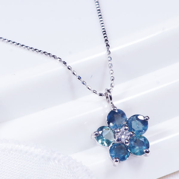 Japangold rakuten global market gift special service product gift special service product platinum alexandrite pendant necklace flower 05 carats in total aloadofball Choice Image