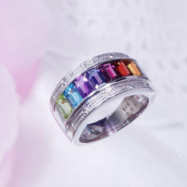 ギフトおすすめシルバーアミュレット&ダイヤデザインリング レールスタイル
