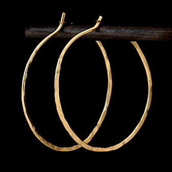 Hoop earrings gold K10 gold round hammer girl (Size:S)
