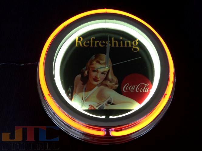 全体サイズ:約縦38cmX横38cmX厚み6cm コードの長さ:約1メートル 2連 賜物 ネオンクロック ビンテージ BAR 西海岸 アメリカ アメリカン カリフォルニア サーフ ハワイアン Wネオン管ネオンクロックはメーカーの生産終了に伴い 今ある在庫限りで販売終了となります Cafe 2連ネオン ネオン看板 ネオン管 COKE クロック コカ W コーラ 時計 メーカー再生品 コーラCOCA COLA 赤