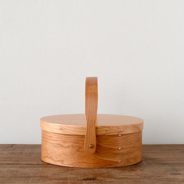 シェーカーボックス スイングハンドル (チェリー) #0 [BR003-0]【北欧 トレー トレイ 木製 無垢 桜 ふた付き スタッキング 裁縫箱 ソーイングボックス】