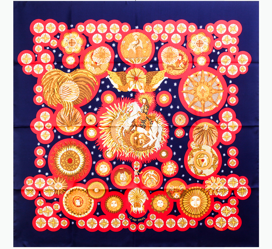 【未使用品】 HERMES エルメス カレ 90cm シルク100% スカーフ LE ROY SOEIL 太陽王 箱付 10204ER