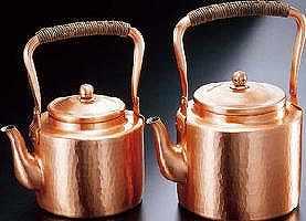 【送料無料!】【新光堂】新鎚起銅器湯沸し3.5L手造りの輝き、伝統の逸品手造りならではの暖かさ