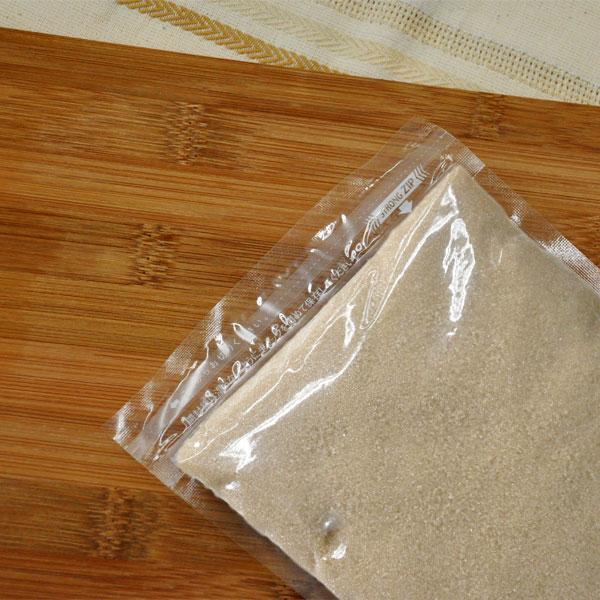 鹿児島県種子島さとうきび100% 与え 特徴的なコクと風味で煮物料理やお菓子の味が引き立ちます さとうきび粗糖 1kg 鹿児島県 SC糖 爆買い送料無料 ブラウンシュガー 種子島 粗精糖 産