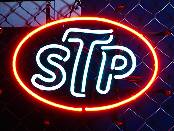 American neon sign / STP oil (engine oil) H320 X W450mm neon signboard neon  tube