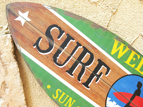 Surfboard Vintage Sign Board Wall Hanging Decor SURF SHACK Surf Shark Aloha Maui Interior Hawaii Fashion Watch American Gadgets Hawaiian Goods